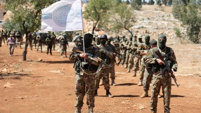 """""""تحرير الشام"""" تلمِّح عَبْر خطباء المساجد إلى إمكانية التوحد مع الفصائل الأخرى"""