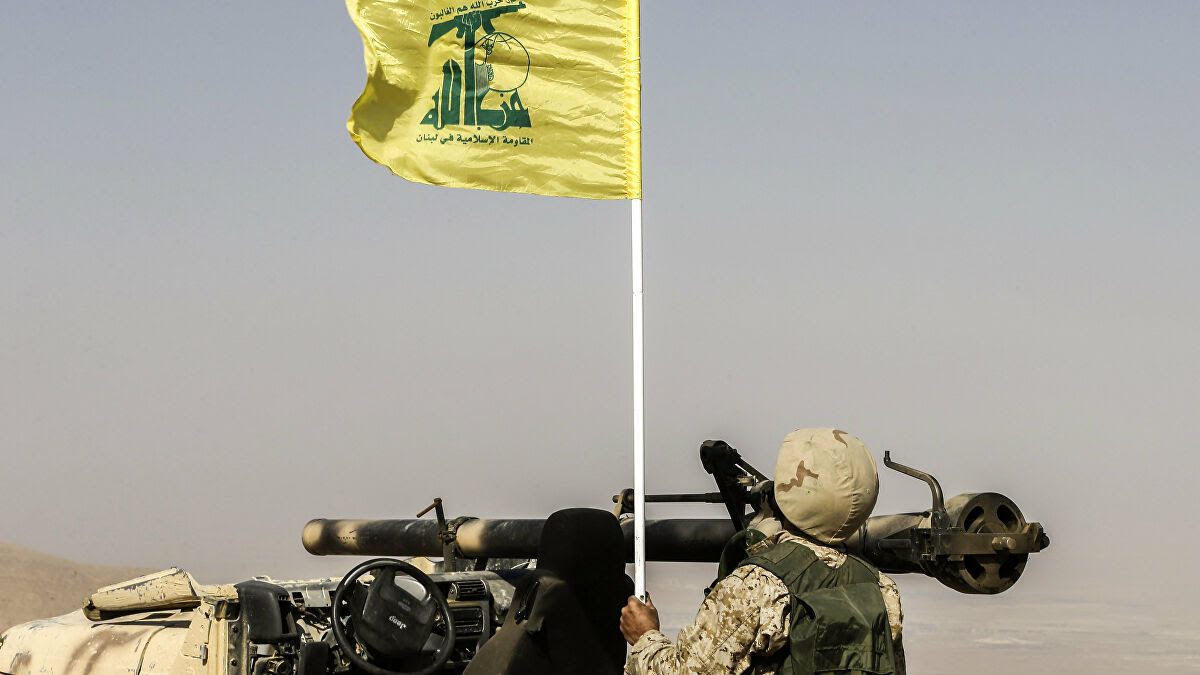 """""""حزب الله"""" يستولي على حقل نفط شرق حمص!"""