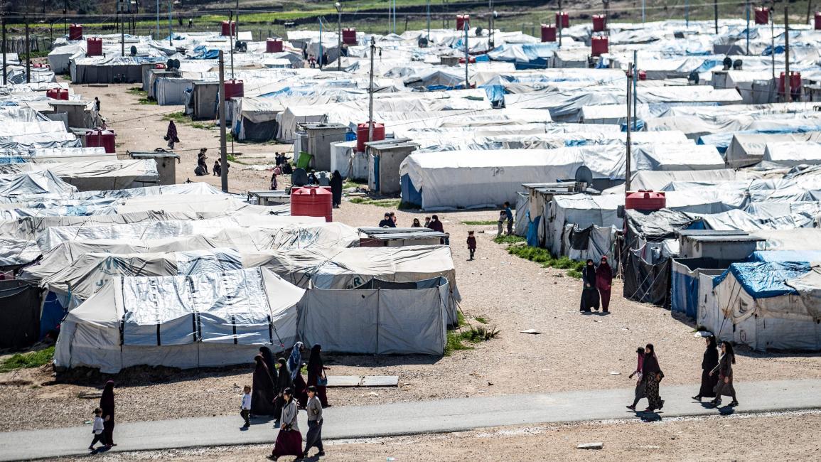 """وفد هولندي يتسلم عائلات من تنظيم """"الدولة"""" شرقي سوريا"""
