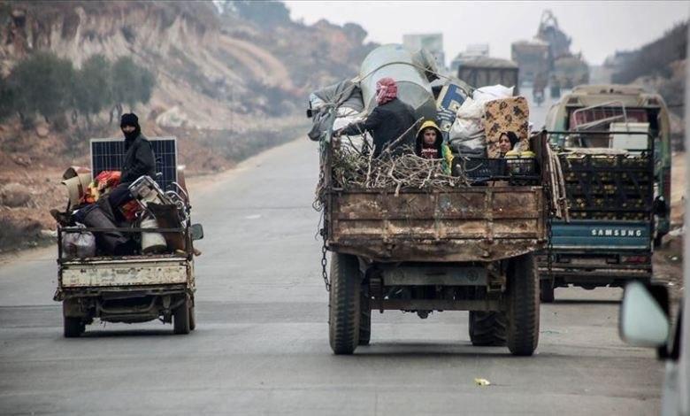 حركة نزوح تشهدها مناطق جبل الزاوية بسبب تصعيد قوات الأسد