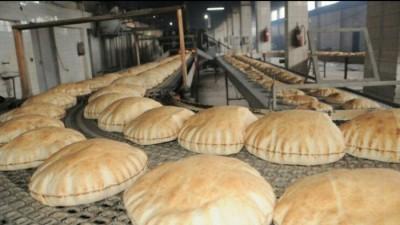 حكومة الإنقاذ تواصل تخفيض وزن ربطة الخبز في إدلب
