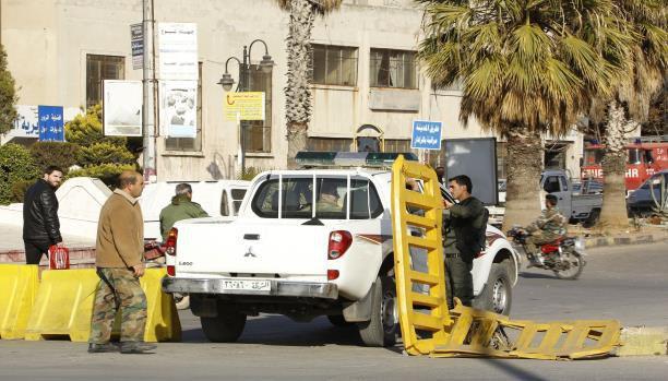 تَدهْوُر الوضع الأمنيّ في حمص يطيح بقياديّ كبير في النظام السوري