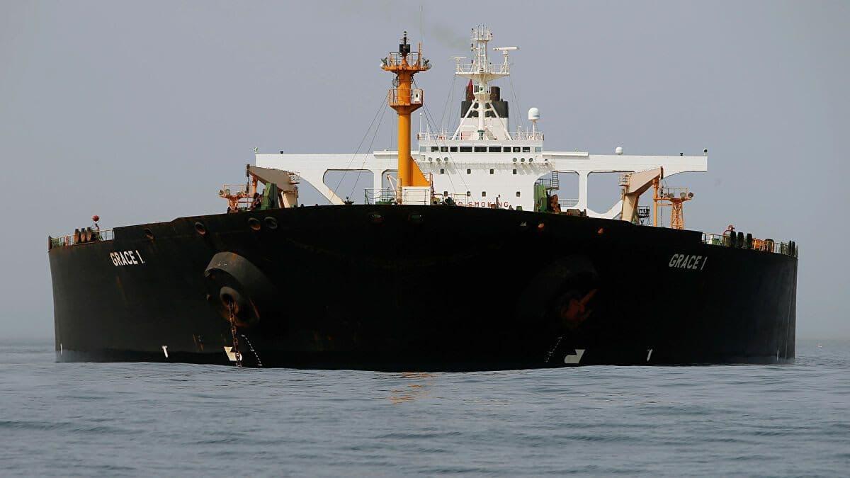 مادي وايت: إيران تخطِّط لمزيد من صادرات النفط وهي تشحن الخام إلى لبنان في تحدٍّ للعقوبات الأمريكية