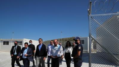 رئيس الوزراء اليوناني: سَحقنا شبكات التهريب على حدودنا