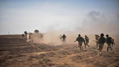 """تجدد الاشتباكات على محاور عين عيسى بين الجيش الوطني وقوات """"قسد"""""""