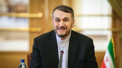وزير الخارجية الإيراني سندعم الاتفاق النووي بشروط