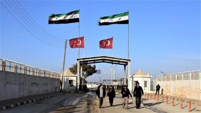 معبر جرابلس يعلن فتح الإجازات من تركيا إلى سورية