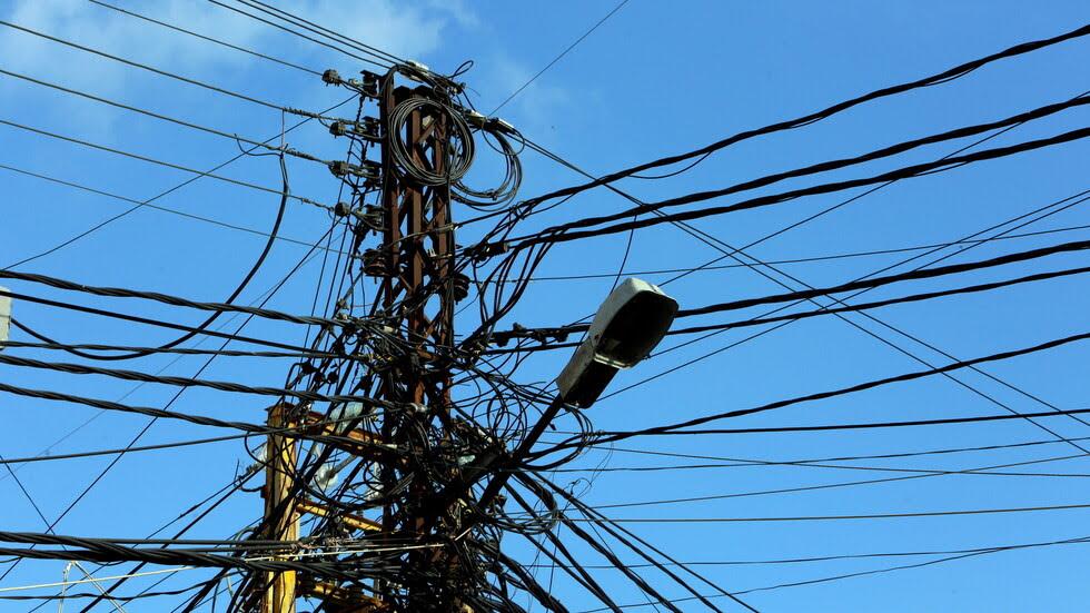 نظام الأسد يُحدِّد تكلفة إصلاح خط الكهرباء مع لبنان