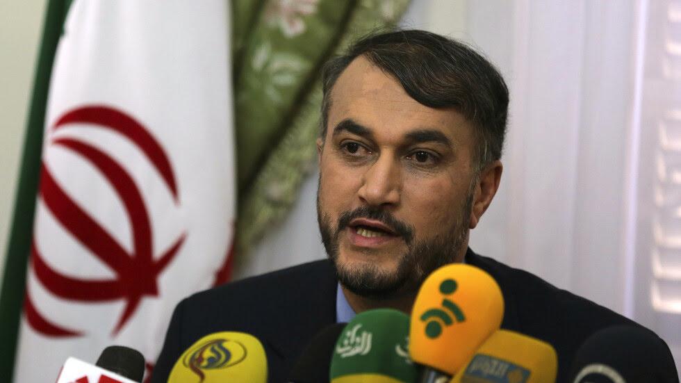 الإمارات تهنِّئ عبد اللهيان بتعيينه وزيراً للخارجية الإيرانية