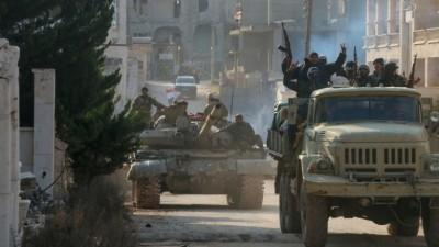 تحسُّباً لمواجهة محتملة مع تركيا.. قوات الأسد ترسل حشوداً إلى تل رفعت