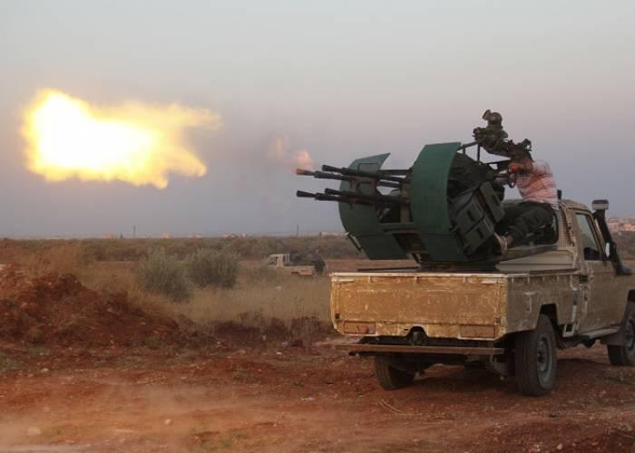 وسائل إعلام روسية تتوقَّع اشتعال المعارك بين قوات الأسد والفصائل جنوب إدلب