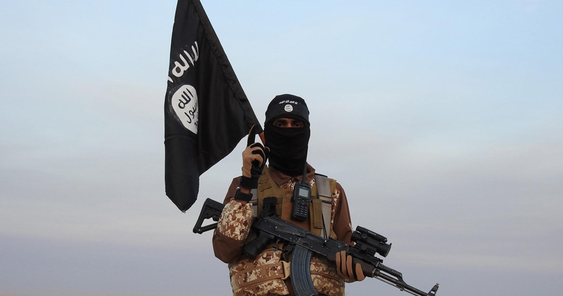 تنظيم الدولة يقتل ضابطاً كبيراً تابعاً للنظام السوري في البادية