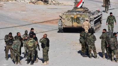 """""""داعش"""" يشن هجوماً عنيفاً ضد قوات الأسد جنوب الرقة"""