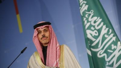 عاجل | وزير الخارجية السعودي فيصل بن فرحان: قلقون بشأن الوضع السياسي والاقتصادي في لبنان وهو يتطلب التحرك الآن