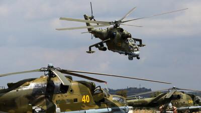 """القوات الروسية تشيّد مهبطاً للمروحيات في """"القامشلي"""""""