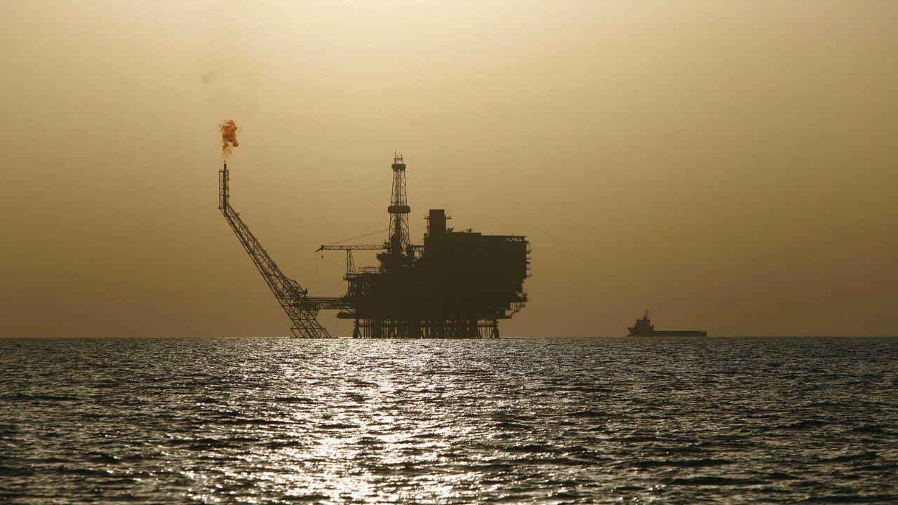 النظام يمنح شركة روسية حقاً حصرياً في التنقيب عن النفط قبالة السواحل السورية