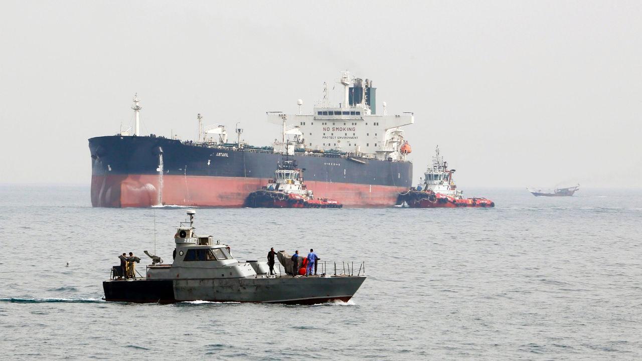 """وصول 3 ناقلات نفط إلى ميناء """"بانياس"""""""