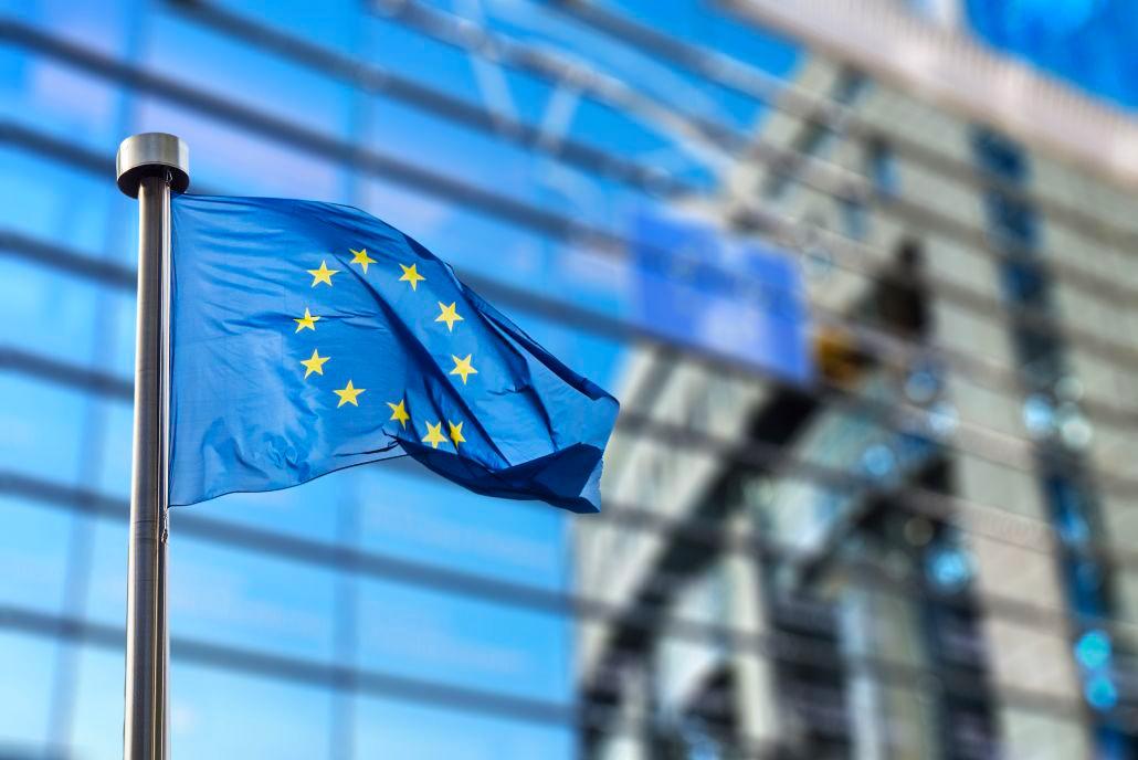 دول أوروبية صغيرة تخالف سياسة الاتحاد وتعمل على إعادة العلاقات مع النظام السوري