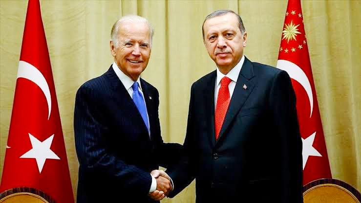 """رسالة إلى """"بايدن"""" و""""أردوغان"""" تطالب بتحسين العلاقات التركية الأمريكية"""