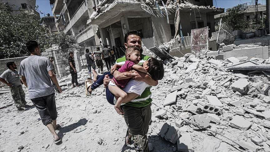 """قوات النظام السوري توقع مجزرة في بلدة """"أحسم"""" جنوب إدلب"""