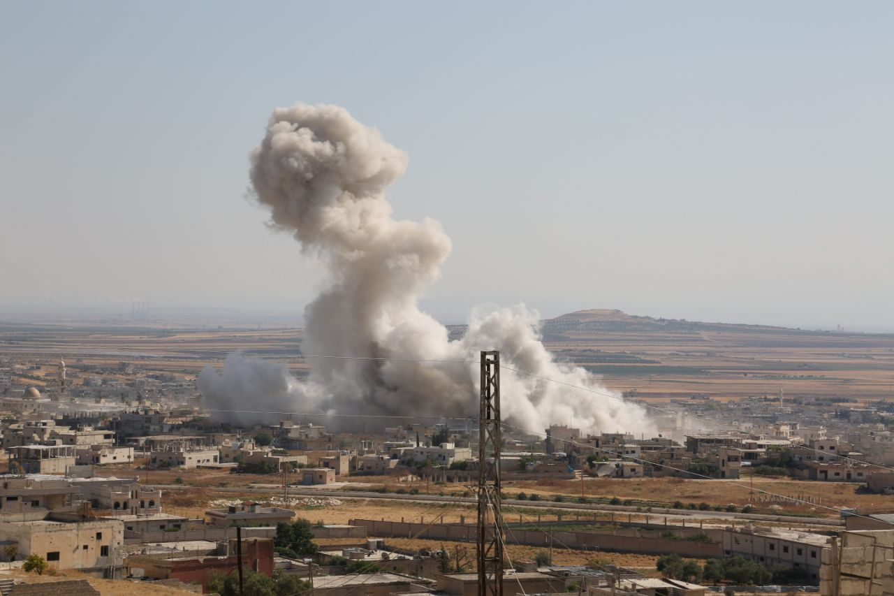 الطيران الروسي يستهدف محيط النقطة التركية جنوب إدلب