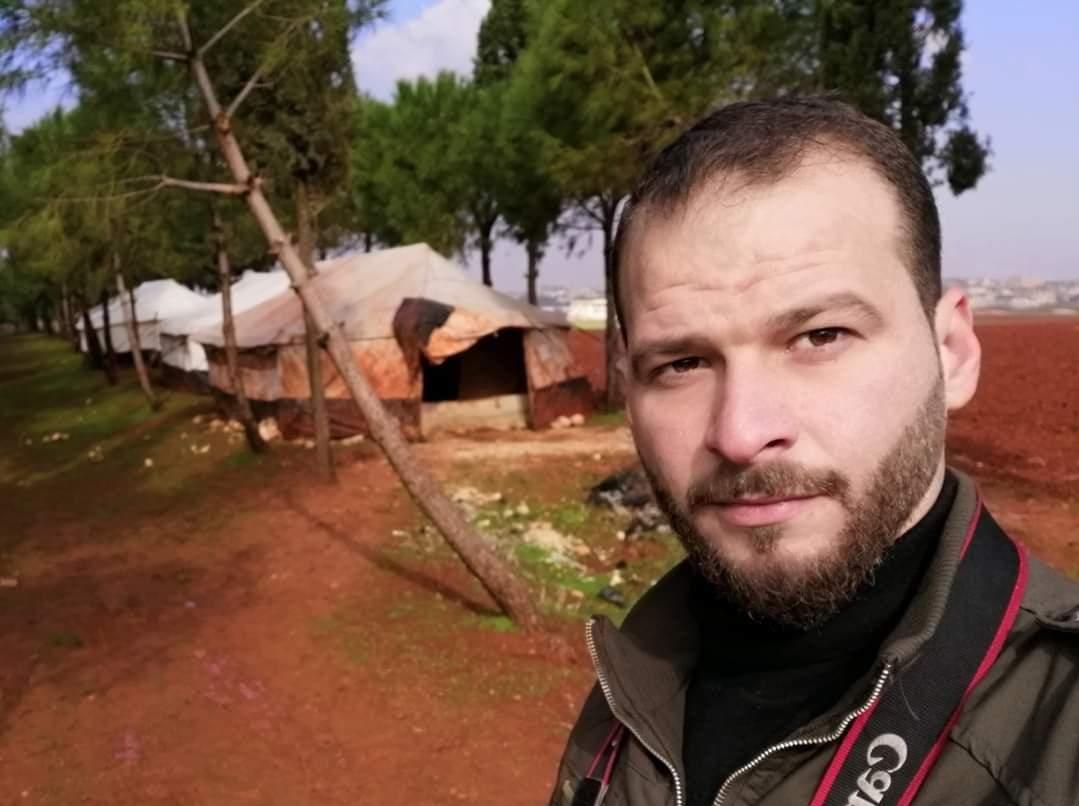 """""""تحرير الشام"""" تعتقل إعلامياً في إدلب بسبب منشور على """"فيسبوك"""""""