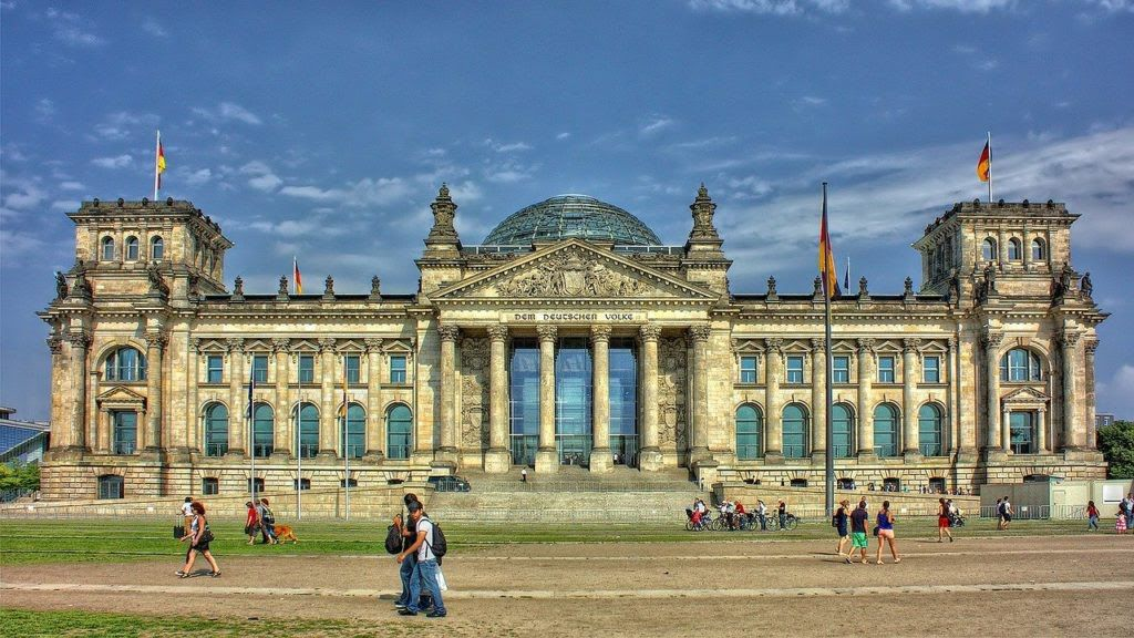 """""""نداء بوست"""" تنشر تفاصيل منح """"SBW"""" الدراسية الألمانية للاجئين السوريين"""