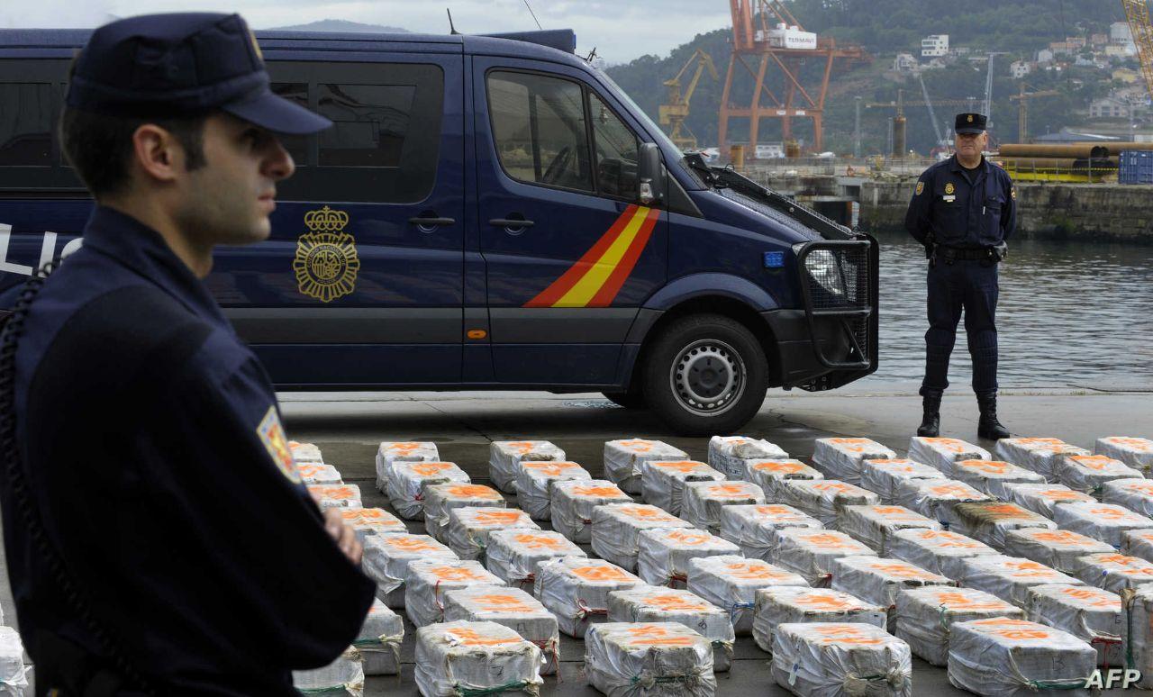 """إسبانيا تضبط سفينة لبنانية محملة بأطنان من """"الحشيش"""""""