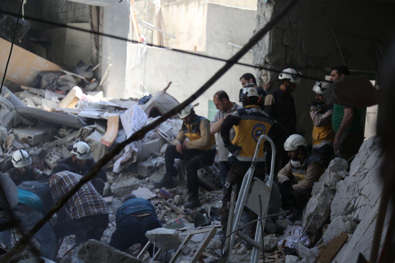 الدفاع المدني يصدر إحصائية حول ضحايا التدخل الروسي في سورية