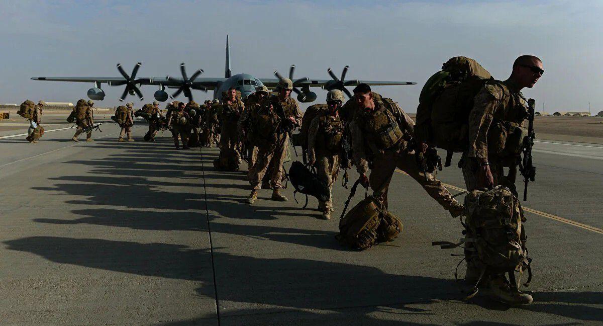 """""""بايدن"""" يقرر إرسال جنود إضافيين إلى أفغانستان"""