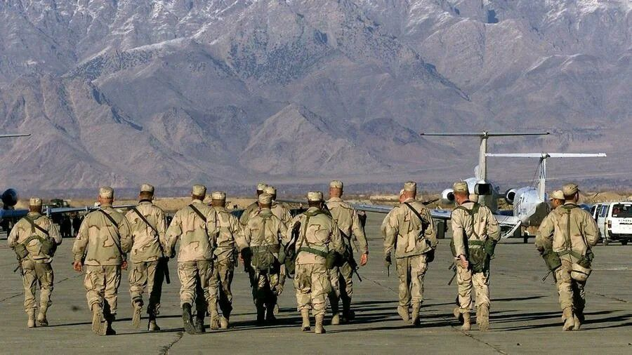 """هل تتراجع أمريكا عن الانسحاب من أفغانستان بعد سيطرة """"طالبان"""" على """"كابول""""؟"""