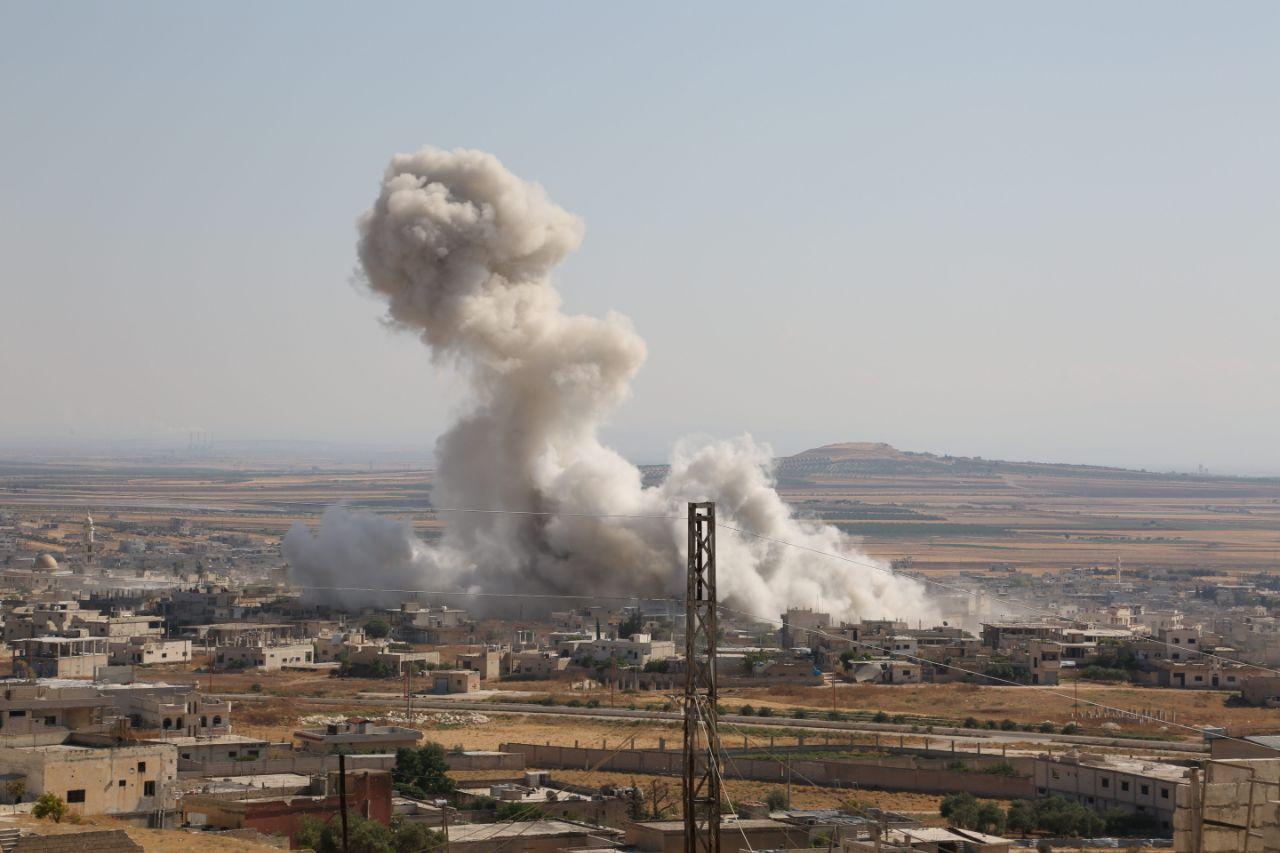 قصف مكثف يستهدف قرى سهل الغاب بريف حماة