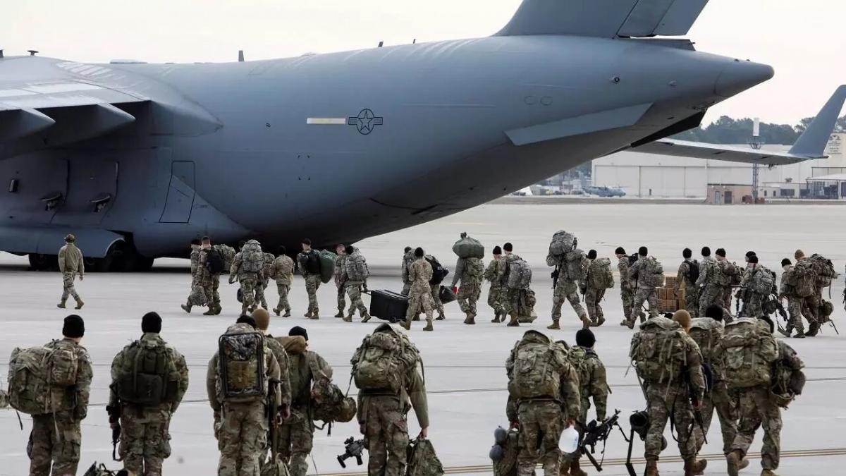 """قاتل """"ابن لادن"""" يصف الانسحاب الأمريكي من أفغانستان بـ""""المثير للشفقة"""""""