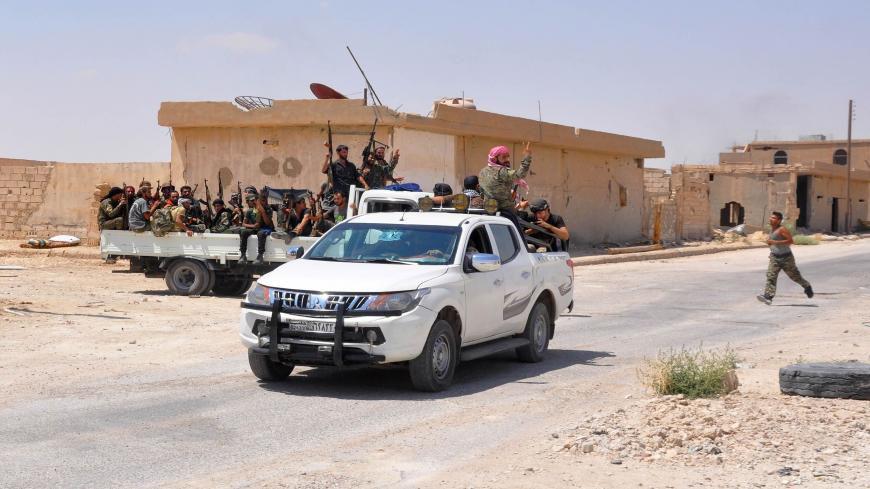أمن الدولة يشنّ حملة اعتقالات في نوى غرب درعا