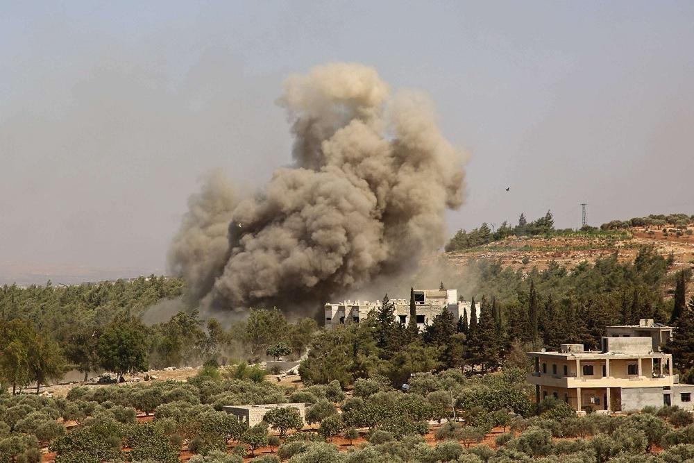 الطائرات الروسية تجدّد غاراتها على ريفَي إدلب واللاذقية