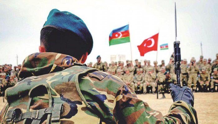 """مناورات عسكرية بين تركيا وباكستان وأذربيجان في """"باكو"""""""