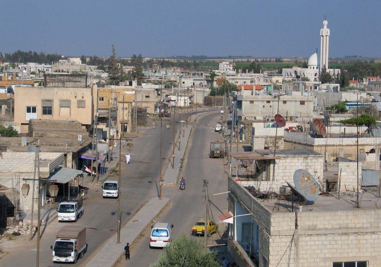 أهالي طفس يفوضون اللجنة المركزية لبحث مصير المدينة مع النظام السوري