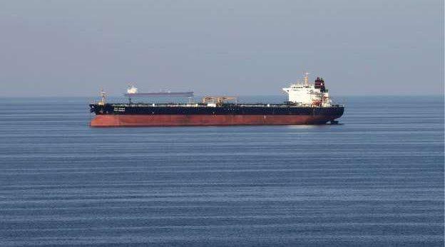 """تانكر تراكرز: ناقلة النفط الإيراني الثالثة في طريقها إلى """"حزب الله"""""""