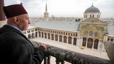 د. رياض نعسان آغا: امْتِحان الإسلام بين التحدِّي والاسْتِجَابة -5