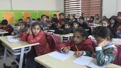 الاتحاد الأوروبي يتعهد بتقديم 1.4 مليار ليرة لدعم تعليم الأطفال السوريين في تركيا