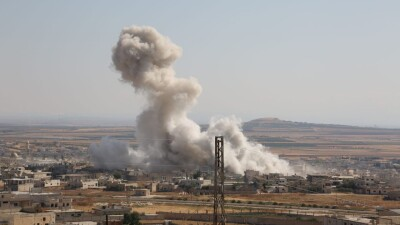 قوات الأسد تُكثِّف قصفها على عدد من قرى ومدن إدلب