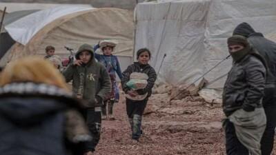 """""""منسقو الاستجابة"""" يحث المنظمات الإنسانية على تجنيب سكان مخيمات الشمال السوري كارثة الشتاء المتكررة"""