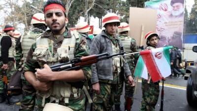 """""""الحرس الثوري"""" يستنفر في دمشق بعد وصول وفد من قياداته إلى المطار"""