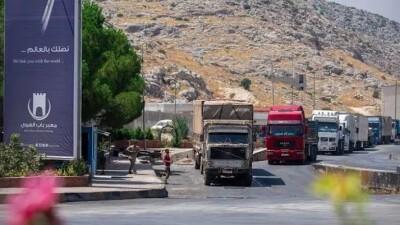 دخول 99 شاحنة مُساعَدات إنسانية إلى إدلب خلال يومين