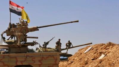 """""""حزب الله"""" ينقل أسلحة وذخائر من حدود لبنان إلى حمص"""