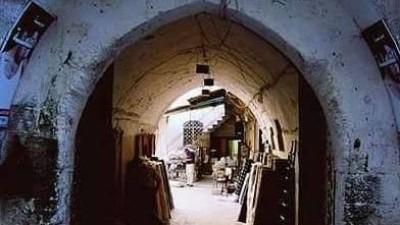 """خيري الذهبي يكتب في """"نداء بوست"""" : حلب وإيطاليا"""
