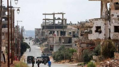 بعد حصارها.. النظام السوري يقصف مدينة الحراك