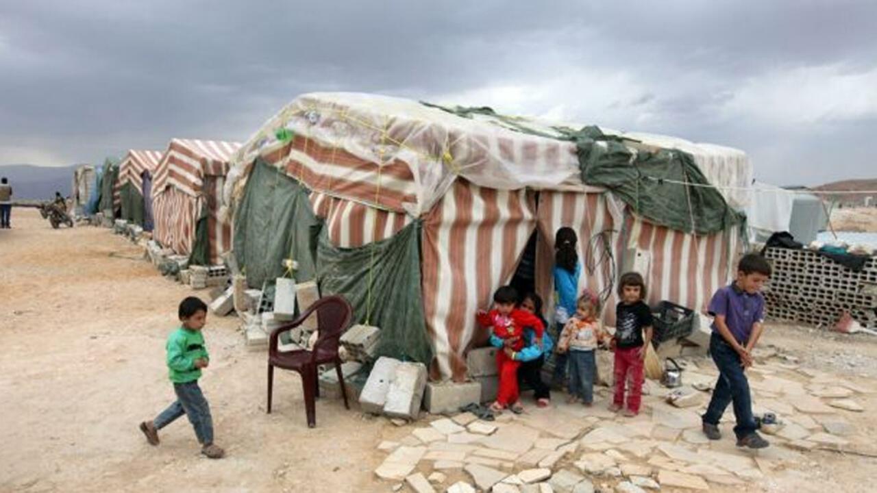 الانهيار في لبنان يدفع اللاجئين إلى خيارات صعبة