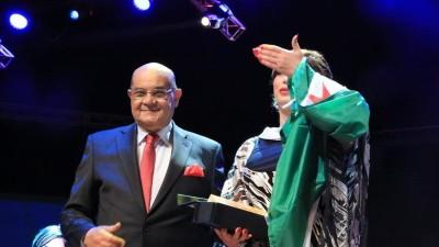 الجزائر تنعى عميد الأغنية البدوية