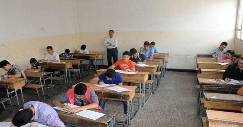الحكومة المؤقتة تقرر منح دورة تكميلية لطلاب الشهادة الثانوية والإعدادية